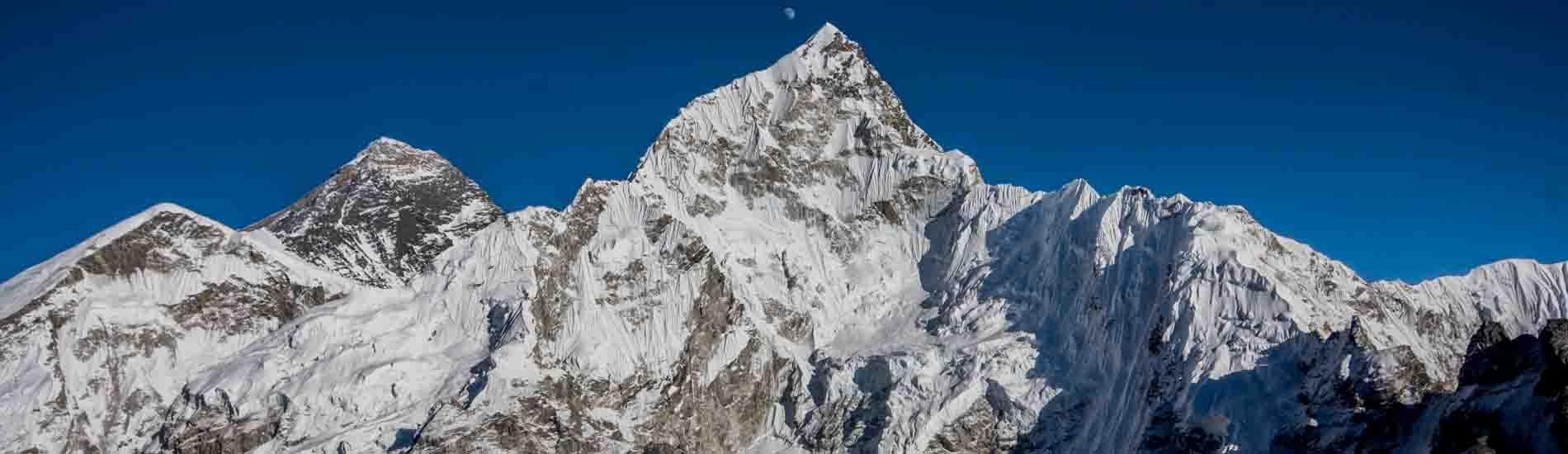 Gokyo Treks organized Everest base camp trek