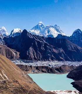 gokyo valley with 5th lake trek