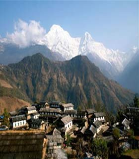 ghandruk village hiking