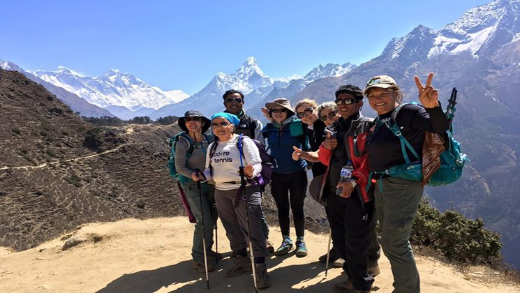 group trek Nepal