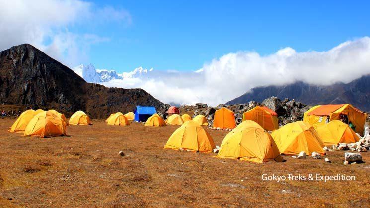 tent camping trek