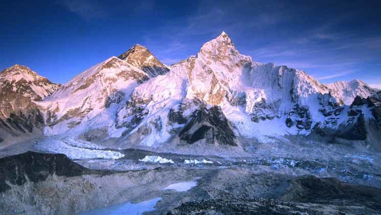 What is the best time of the year to trek Everest Base Camp?