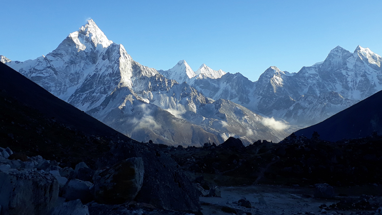Best 10 hikes in Nepal Himalayas