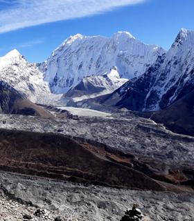 Everest base camp chola pass gokyo trek
