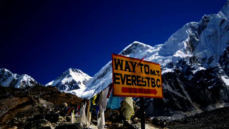 Everest base camp hiking 10 days operator