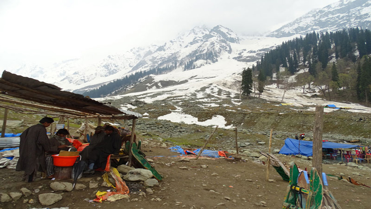 Jammu & Kashmir list under the beautiful spots in India for camping