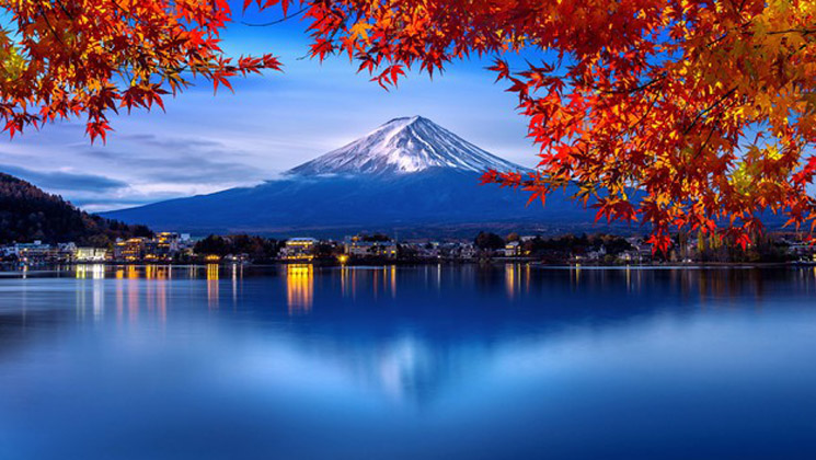 fuji mountain kawaguchiko lake morning view