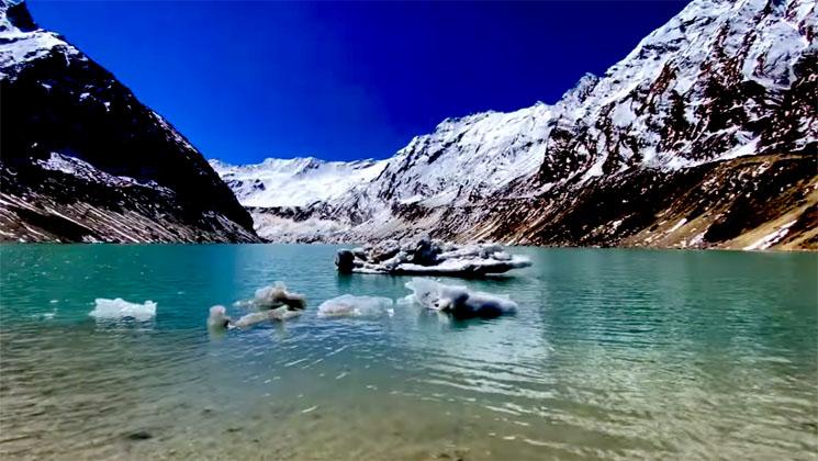 View of dona lake