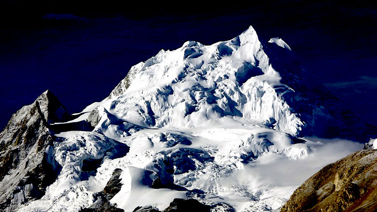 Cho Oyu expedition cost